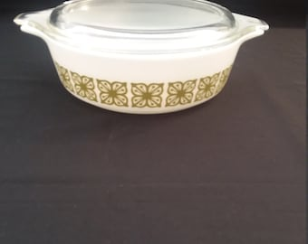 Pyrex Verde 1 Pint Casserole and Cover, #471