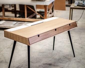 Bureau en bois massif en chêne dressing bureau classique
