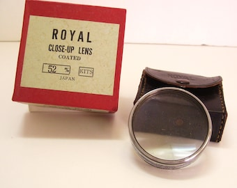Royal Close Up Lens Coated 52mm 52m/m Japan with Original Leather Case and Box
