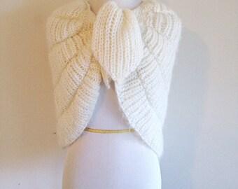 Beautiful Vintage Ivory Crochet Knit Shrug Boho Winter Wedding