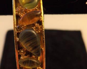 Vintage signed  Mode Art Gold Tone Bracelet ith Rhinestones Artmode