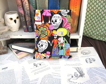 BOOK SLEEVE- Los Novios - Book Pouch, Book Protector
