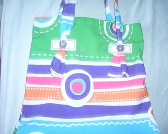 Motley color and PEP for this bag with pretty patterns!
