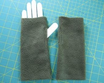 Cozy Fleece Hand Warmers / Dark Green Fleece Fingerless Gloves / Army Green Hand Warmers