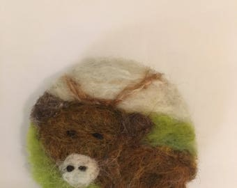Highland cow needle felted brooch