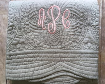 Monogrammed Baby Quilt, Personalized Baby Quilt, Personalized Baby Blanket, Monogrammed Baby Blanket, New Baby, Baby Girl Quilt, Blanket