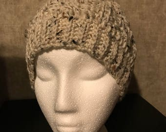 Oatmeal speckled cable stitch hat w/ Pom Pom