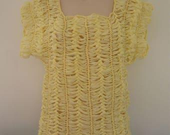 Top openwork crochet pale yellow fork