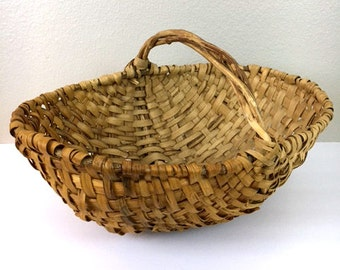 Vintage Wicker Americana Gathering Basket / Woven Twisted Handle Basket