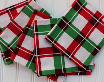 Red Green Plaid Towel - Christmas Hand Towel - Plaid - Martex - Vintage Toweling - Linen Towel - Red Green Check