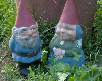 "SALE! Mr & Mrs Gnome 9"" Tall Set Item R53P Blue"