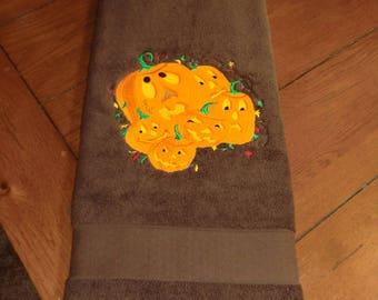 Embroidered Terry Bath Towel - Halloween - 6 Pumpkins