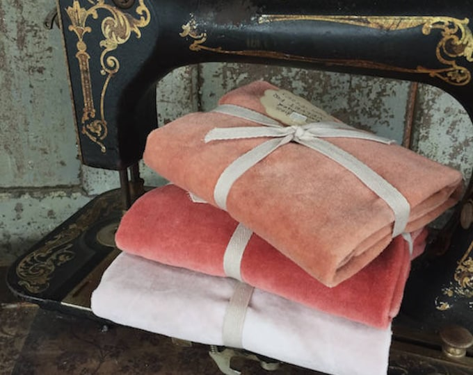 Fabric: Hand Dyed Velvet Fat Quarters - Pearl/Peaches/Melon