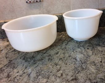 milk glass mixing bowls sunbeam 2  two mixing bowls vintage milk glass grandmas mixing bowl