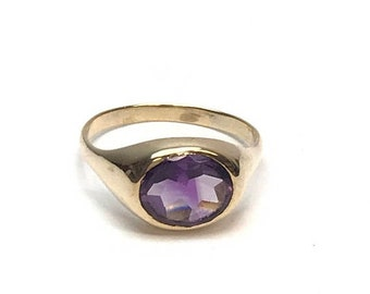East West Bezel Set Oval Amethyst 10k Yellow Gold Size 8