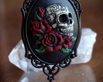 Sugar Skull With Red Roses Calavera Day of the Dead Dia De Los Muertos Necklace