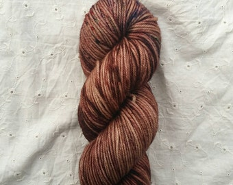 Hot Cocoa OOAK - variegated lightly speckled dk yarn on ORPHEUS 100% SW Merino dk - ready to ship