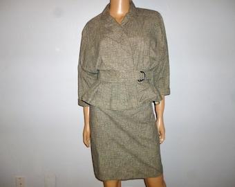 Vintage 80's -  Black /Grey - Houndstooth - Peplum - Bat  Wing  - Shift - Wiggle Skirt -  2 Piece - Cotton - Skirt  and Jacket  Set - size 5