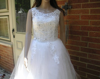 New without tags Wedding Dress Size S
