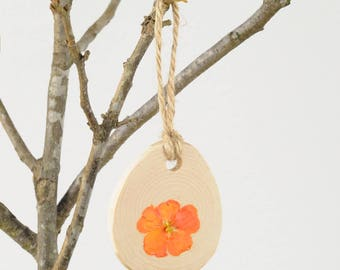 Easter Decorations, Spring Decor, Easter Tree Ornament, Easter Decor, Easter Eggs, Pressed Marigold,  Pressed Flowers
