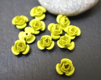 Small Metal Lime Green Flower Beads - 9mm - 8 pcs