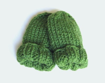 Warm Winter Infant Clothing, Knit Hand Warmers Green Baby Mittens Size 3 to 6 Months, Boy Girl Child Thumbless Mitts, Handmade Shower Gift