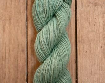 BABY ALPACA // 4 ply DK // huacatay mint