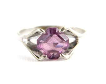 Vintage Sterling Silver Purple Amethyst Solitaire Ring - Faux Amethyst - 1970's Traditional Birthstone Ring - February Size 6.5 -Signed ESPO
