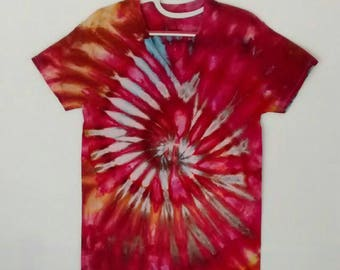 Ice Dyed Spiral Tee Shirt In Red Gold Blue Men's size Medium