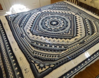 Blue White Afghan Bedspread Throw Crochet