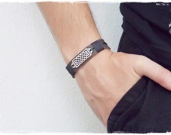 Men's Leather Bracelet, Viking Leather Wristband, Celtic Bracelet, Pagan Celtic Bracelet, Nordic Norse Bracelet, Wiccan Knotwork Bracelet