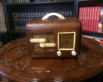 General Television Antique Radio Model 49