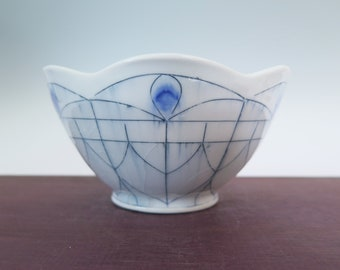 Handmade porcelain bowl with stained glass window pattern