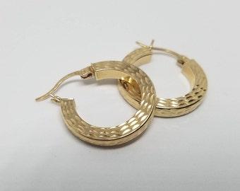 14kt Gold Small Hoop earrings
