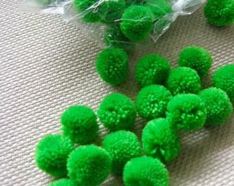 300,Pompom Balls 20mm, Pompoms Fluffy Pom Pom Balls,Party Decoration,DIY Craft Supplies,Baby Toy Accessories