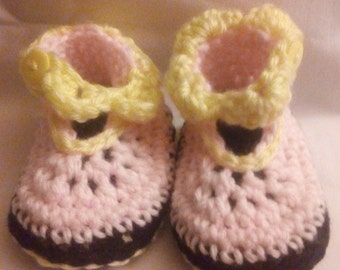 Baby shoes /booties