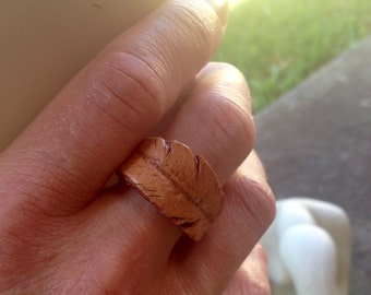 Leather ring - feather
