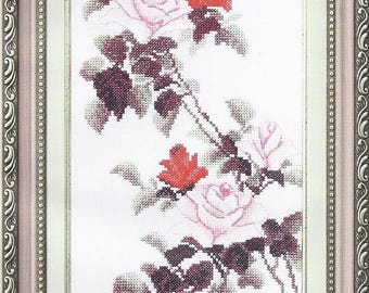 Counted Cross Stitch Kit Etude with red roses