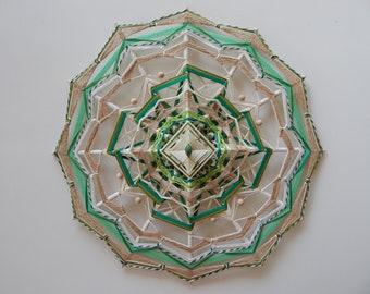 Yarn mandala -  'Verde Eterno' | Ojo de Dios | Olho de Deus | Eye of God | Wall hanging | 43 cm (17 in) |