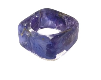 Purple Larkspur Resin Ring. Botanical Pressed Flower Resin Jewelry.  Square Band Ring. Handmade Resin Jewelry with Real Flowers