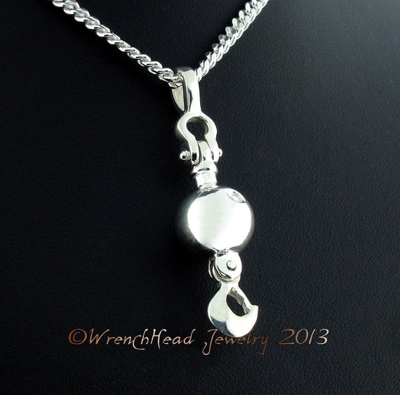 Sterling silver crane ball and hook pendant cw chain mozeypictures Images