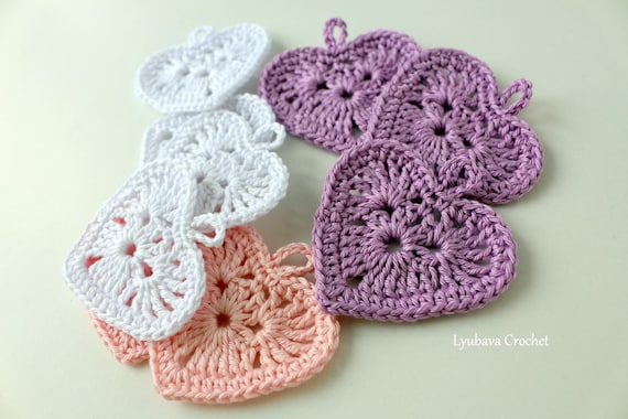 Modern Small Crochet Heart Applique Pattern Model - Easy Scarf ...