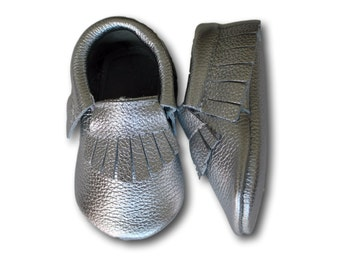 Silver Baby Moccasins // Silver Baby Moccasin // Silver Metallic Leather Mocassins // Baby Moccs // Silver Baby Mocassins