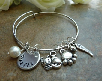 Pet Memorial jewelry pet memorial bracelet Personalized Cat Memorial Bracelet Paw Expandable Hand stamped Jewelry