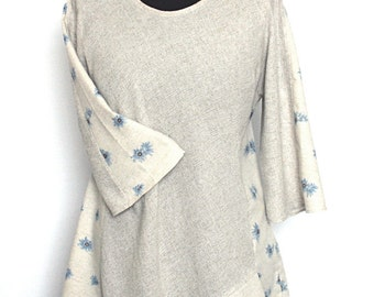 Ladies Linen  Flax Tunic Top With Daisy Inserts