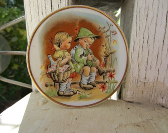 Vintage Collectors Child's Plate
