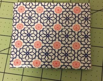 Patterned Bi-fold Wallet