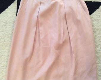 Vintage Chanel skirt in pink size 8