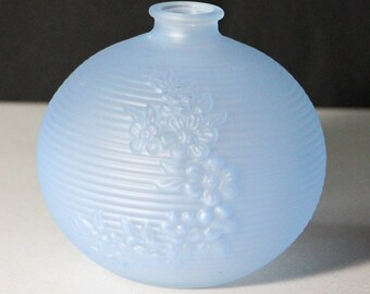Vintage Light Blue Ball-shaped Bud Vase
