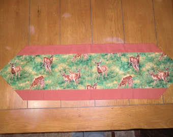 Table Runner - Buck, Doe & Fawn